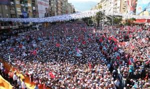 Cumhurbaşkanı adayı ve Başbakan Recep Tayyip Erdoğan, Kahramanmaraş'ta düzenlenen mitingde halka hitap etti.  (Kayhan Özer - Anadolu Ajansı)